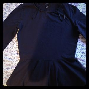Forever 21 classy navy blue half sleeve top